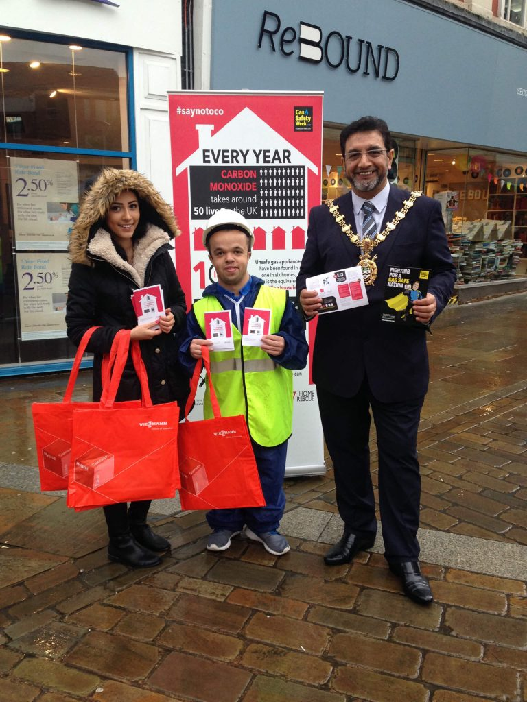 The Mayor of Blackburn Cllr Faryad Hussain and 24|7 Home Rescue, Gas Safety